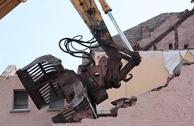 Demolición con equipos Mecánicos